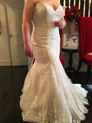 Brand new Maggie Sottero wedding dress for Sale in Lorton, VA