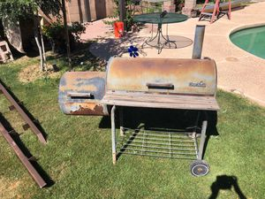 Grill smoker summer bbq outdoor for Sale in Mesa, AZ