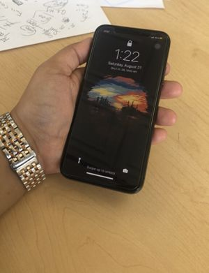 iPhone X 256 G unlocked like new for Sale in Elmwood Park, IL