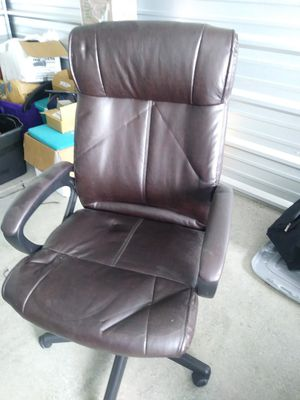 Computer chair for Sale in Niagara Falls, ON