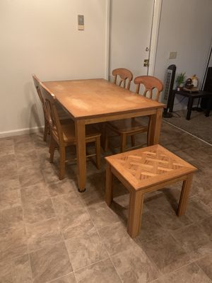 Table set for Sale in Madera, CA