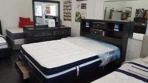 Complete bedroom set with Platinum mattress for Sale in US