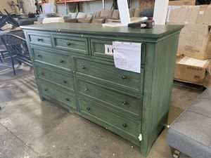 Dressers, futons, benches, tables & MORE for Sale in El Cajon, CA