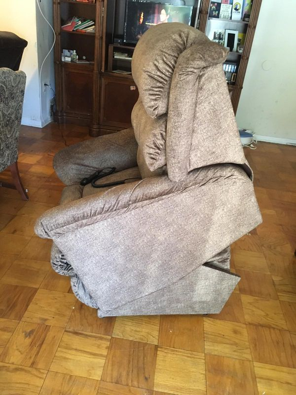 LIFT POWER RECLINER LAZYBOY