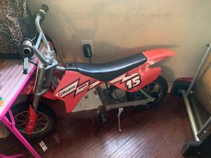 razor dirt bike ! good condition +charger included. for Sale in Los Angeles, CA