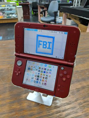 'New Nintendo 3DS XL modded with LumaCFW 64GB memory Card SNES GBC GBA games for Sale in Dallas, TX
