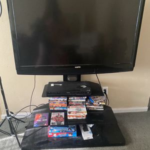 Tv & Tv stand for Sale in Portsmouth, VA