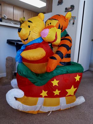 3 ft Disney winnie the pooh for Sale in Escondido, CA