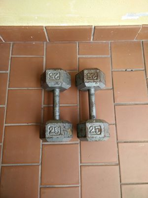 Two 25 pounds dumbbells..excellent condition!! for Sale in Miami, FL