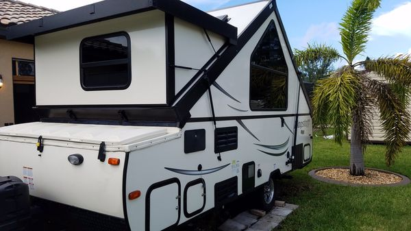 2018 Forest River Flagstaff 21 ft A frame camper