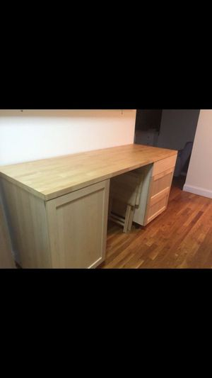 Kitchen cabinet table for Sale in Queens, NY