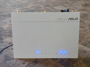 Asus N-66W dual band router for Sale in Killeen, TX
