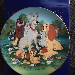 Disney Lady And The Tramp Porcelain Collectors Plate for Sale in Algonquin, IL