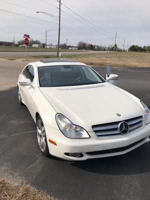 2009 Mercedes Benz need to sale or trade for a truck for Sale in Broken Arrow, OK