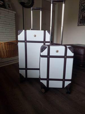 Swiss Gear suitcases for Sale in Reedley, CA