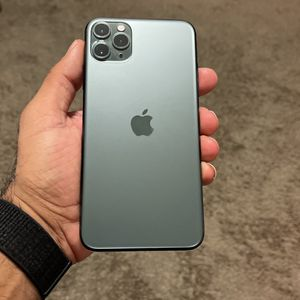 IPHONE 11 X max 64 UNLOCK for Sale in Carlsbad, CA