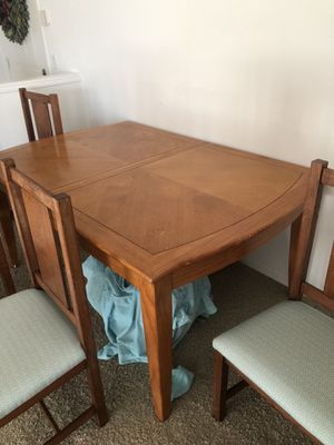Dining table set+ 4 chairs for Sale in Newcastle, WA