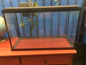 Aquarium fish tank for Sale in Los Angeles, CA