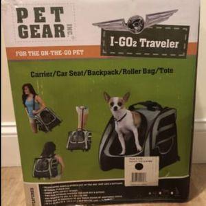 Pet Gear I-GO2 Traveler Dog & Cat Backpack & Rolling Carrier, Black NEW + 2 Sherpa liners for Sale in Freehold, NJ