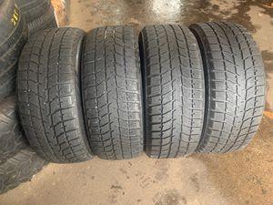 225 55 17 used tires Bridgestone Blizzak for Sale in Montgomery, IL