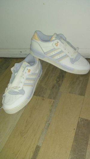 $130.00 ADIDAS LOW TOP SNEAKERS for Sale in Beltsville, MD
