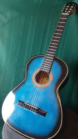 Espanola Classical Acoustic Guitar Needs Repair for Sale in Chula Vista, CA