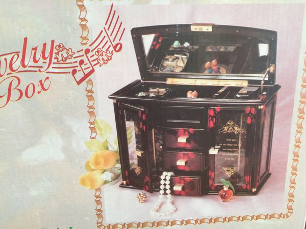 Jewelry box not used