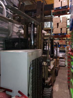 Clark forklift 2400lb for Sale in Laurel, MD