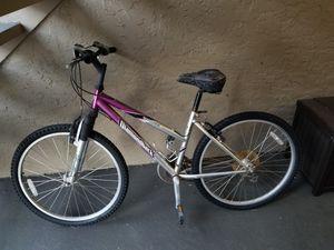 Diamondback Outlook Mountain Bike - Needs work for Sale in St. Petersburg, FL