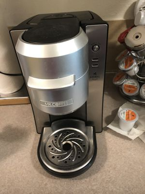 """Keurig """"Mr Coffee"""" Single Cup w/pods for Sale in Everett, WA"""