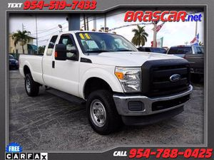 2011 Ford Super Duty F-350 SRW for Sale in Pompano Beach, FL