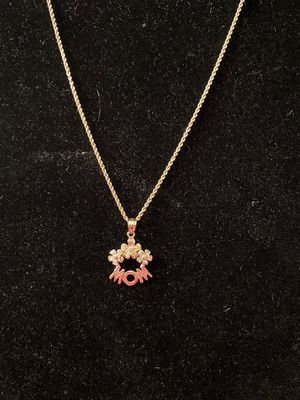 14k yellow gold rope style necklace with two tone 14k mom pendant for Sale in Wichita Falls, TX