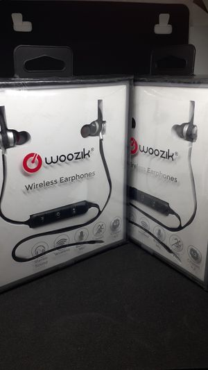 Bluetooth headphones for Sale in Tampa, FL
