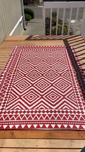 Outdoor red / white rug for Sale in Kirkland, WA