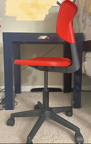 Pottery barn kids desk/chair for Sale in Walnut Creek, CA