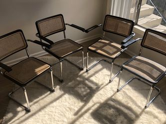 Set Of 4 Scandinavian Designs Dining Chairs for Sale in Los Angeles,  CA