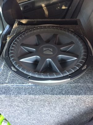 15 inch kiker like new with seal ported box first come serve Cvx model for Sale in El Monte, CA