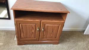 Small Entertainment Stand/Storage Shelf for Sale in Goldsboro, NC