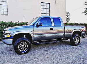 ֆ12OO 4WD Chevrolet SIlverado 4WD for Sale in Crawford, WV