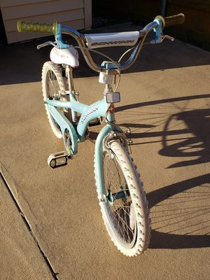 Girls bicycle with stand used for Sale in Rowlett, TX