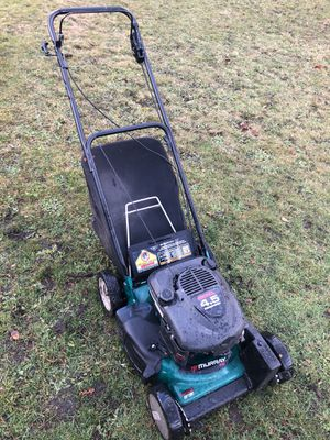 4.5 HP self propelled lawn mower with bag for Sale in Spanaway, WA