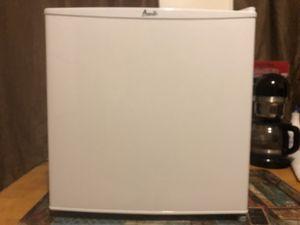Mini fridge for Sale in River Rouge, MI