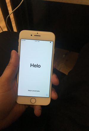 Unlocked apple iPhone 7 32gb for Sale in Houston, TX