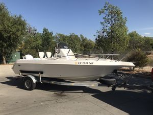 1995 Wellcraft 19' center console for Sale in Temecula, CA
