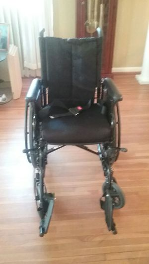 Invacare Wheelchair for Sale in Forest Heights, MD
