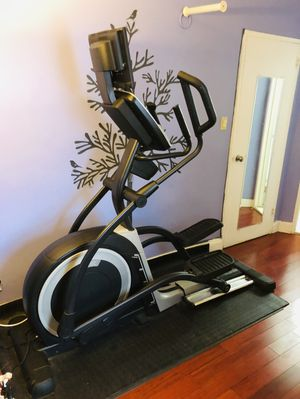 NORDICTRACK ELITE 16.9 Elliptical Machine for Sale in Queens, NY