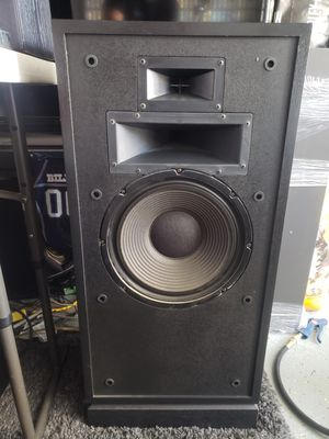 Klipsch Forte perfect shape black oak sound great easy to drive for Sale in San Diego, CA