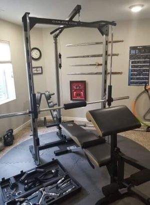 Golds Gym Smith machine for Sale in Fountain, CO
