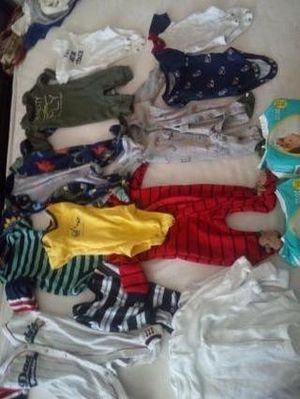 Newborn baby boy clothes and 2 packs of 20 pampers for Sale in Obetz, OH