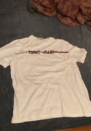 Tommy jeans white tee for Sale in Burbank, CA
